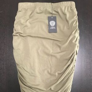 NWT Vince Camuto Summer Safari Skirt PXS